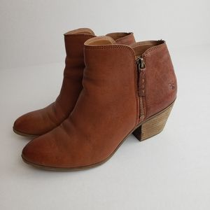 Frye leather ankle boots tan brown zip booties 8.5